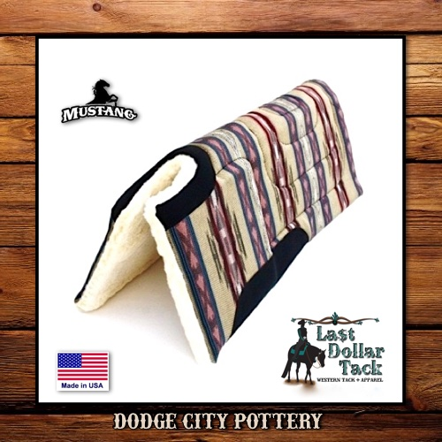 Mustang Doge City Pottery Built-Up Saddle Pad
