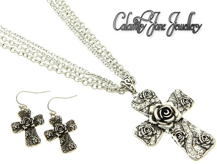 Vintage South West Design Burnish Rose Flower Cross Design Necklace Set